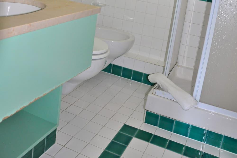 Komforta dzīvokļnumurs, viena guļamistaba (6 pax) - Vannasistaba