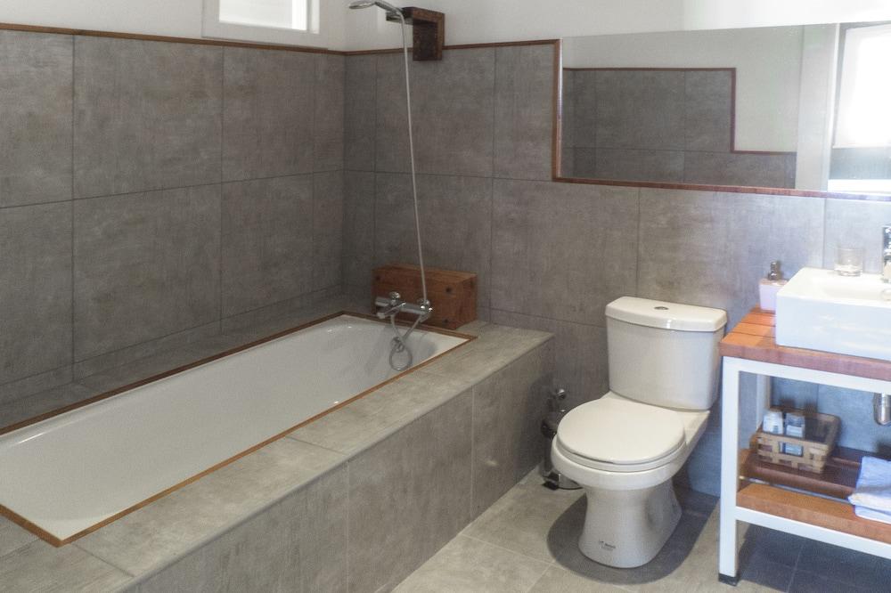 Quarto Triplo Design (1) - Casa de banho
