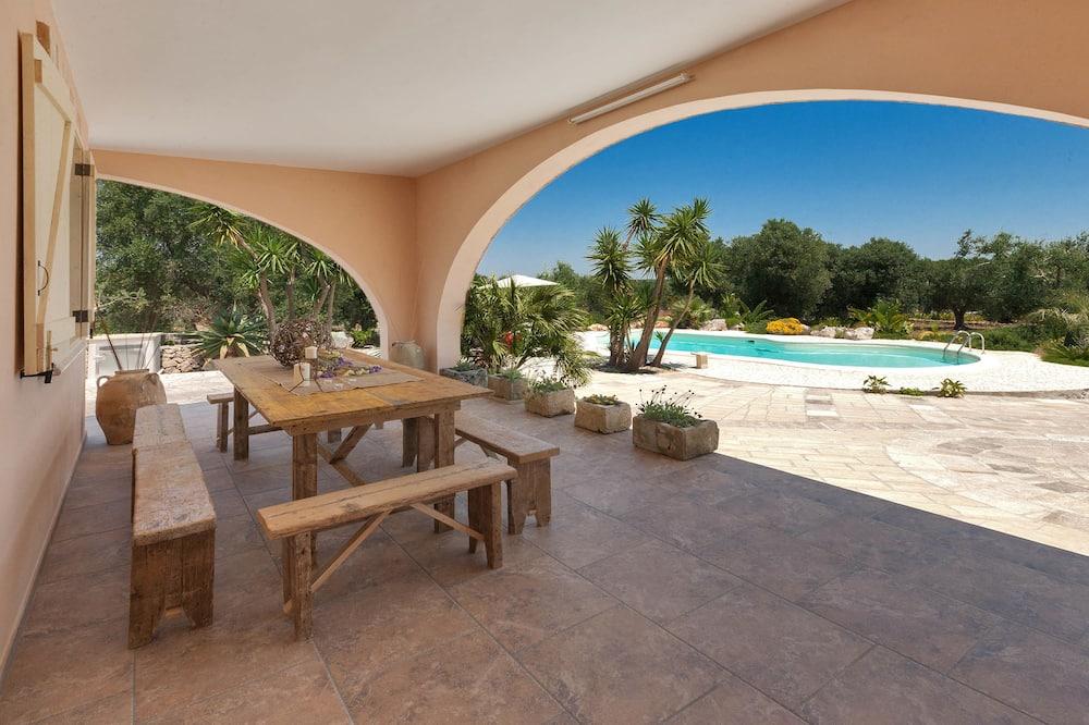 Villa, 3 slaapkamers, toegang tot zwembad - Uitgelichte afbeelding
