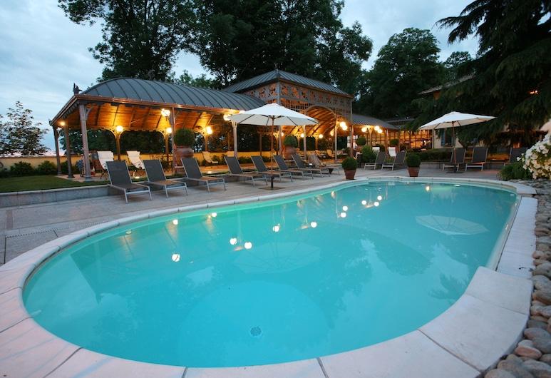 Hotel Villa Beccaris, Monforte d'Alba, Kolam Renang Luar Ruangan