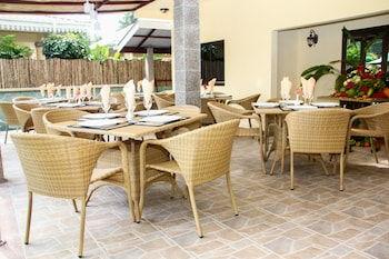 Φωτογραφία του Chez Bea Luxury Villa, Νησί Πραλέν