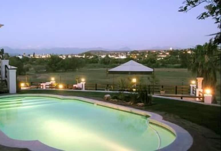 Terra Bianca, Oudtshoorn, Outdoor Pool