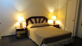 マニラ、アドリアティコ アームズ ホテルの写真