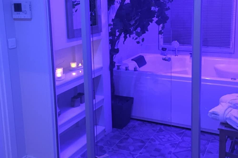 Superior Διαμέρισμα, 1 Υπνοδωμάτιο, Μπανιέρα με Υδρομασάζ - Ιδιωτική μπανιέρα υδρομασάζ