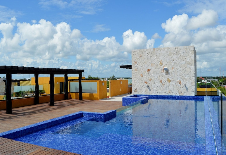Lunada Apartments, Playa del Carmen, Outdoor Pool
