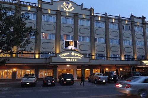โรงแรมเลอ