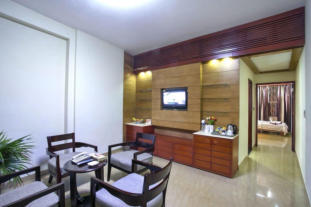 Luksusa ģimenes numurs, divas guļamistabas, stūris - Dzīvojamā zona