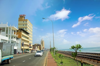 Picture of Hotel Sunhill - Colombo in Colombo