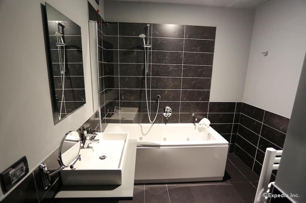 Room, 1 Double Bed (Prestige) - Bathroom