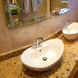 Luxury Room (His and Hers)  - Bathroom