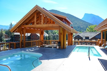 Gambar Moose Hotel And Suites di Banff