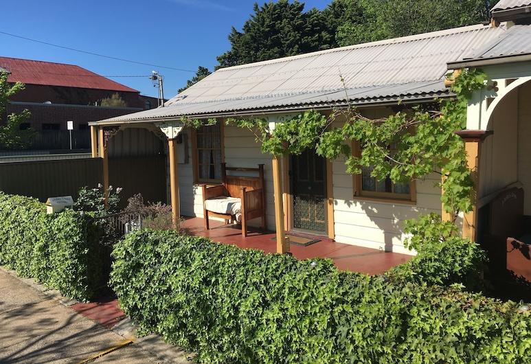 A Settler's Cottage, Bathurst