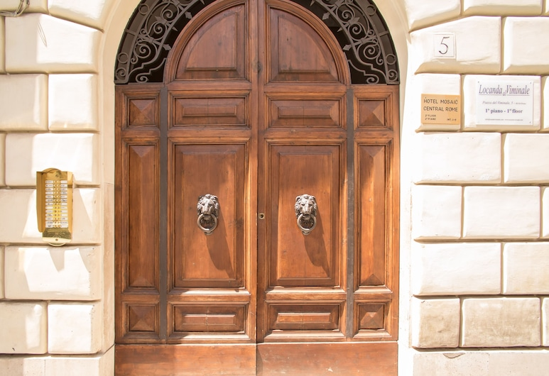 Mosaic Guest House, Rome, Hotel Entrance
