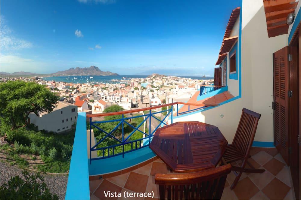 Panoramic Suite, Balcony, Bay View - Beach/Ocean View