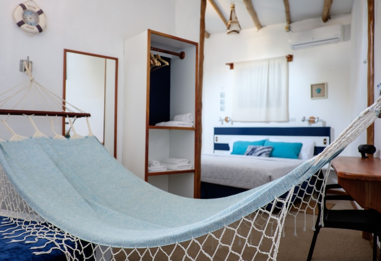 Capitan Max B&B, Puerto Ayora, Triple Room, Guest Room