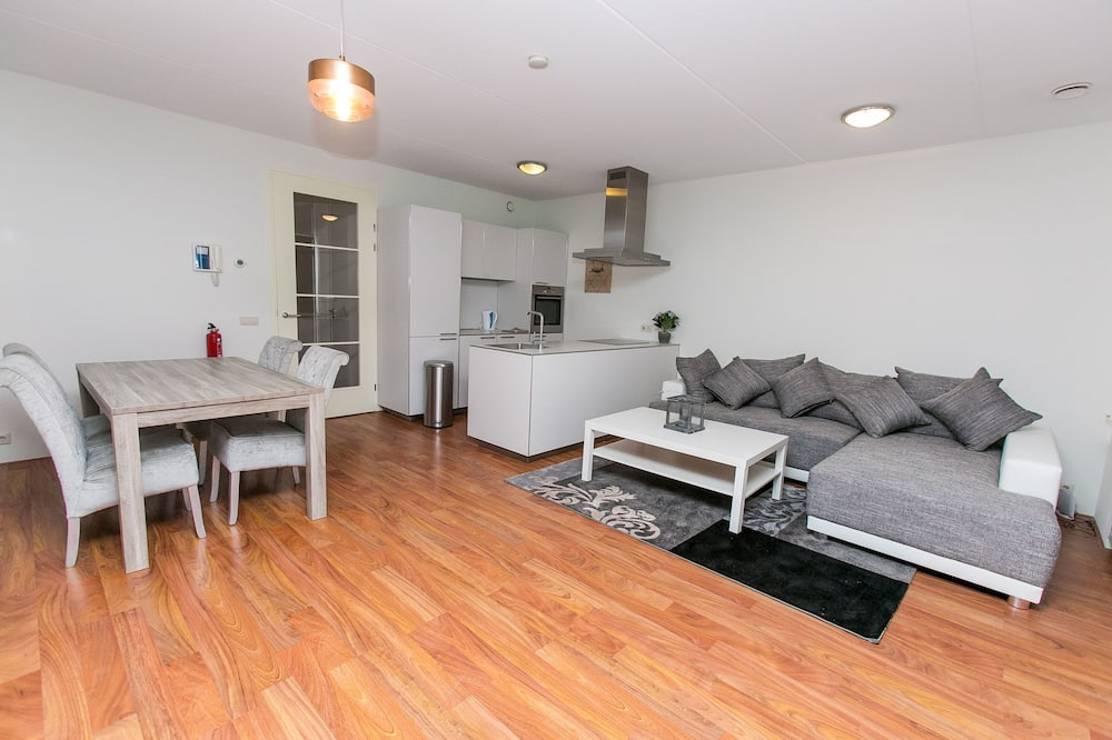 Luxusný apartmán, 1 spálňa, výhľad na jazero - Obývacie priestory