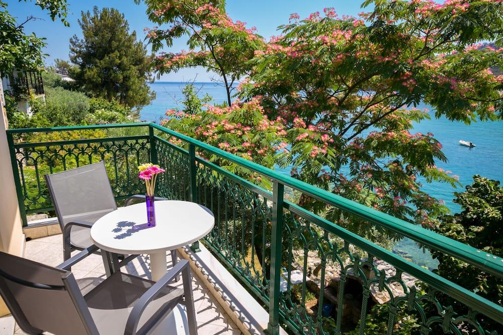 Apartman, kamin, pogled na more - Balkon