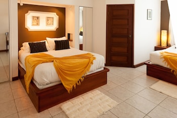 Choose This Cheap Hotel in Belize City