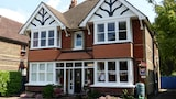 Choose This 4 Star Hotel In Horley