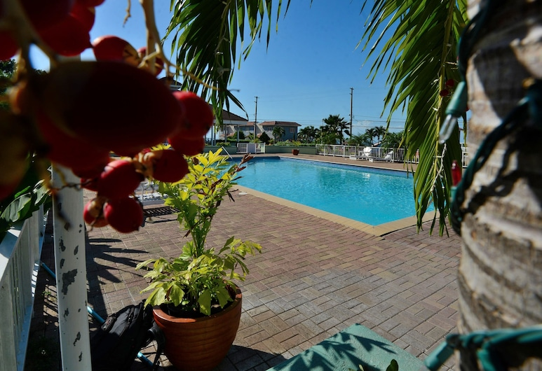 The Cabin at Long Mountain Country Club, Kingston, Piscina all'aperto