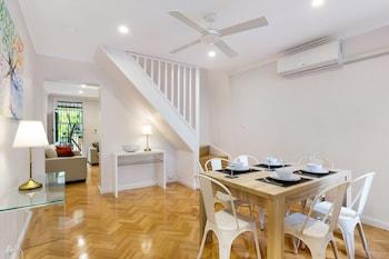 Mynd af Darlinghurst Furnished Apartments í Surry Hills