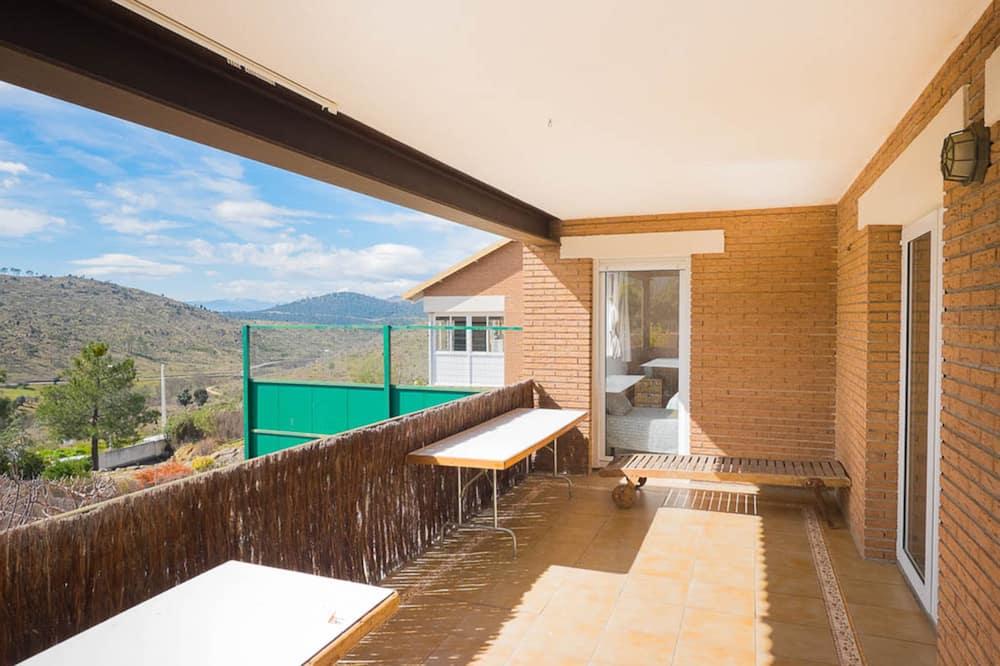 Hus - 4 soveværelser (Cuarcita. Beds:1double+6single+2bunk) - Terrasse/patio