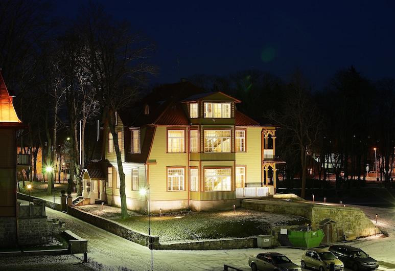 Ekesparre Boutique Hotel, Saaremaa, חזית המלון - ערב/לילה