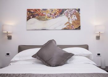 Picture of Maison Maneli Luxury B&B in Rome