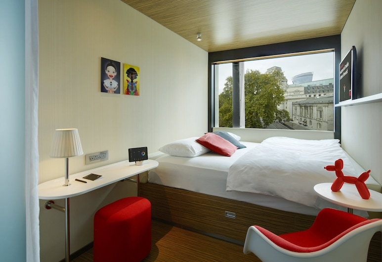 citizenM Tower of London, London
