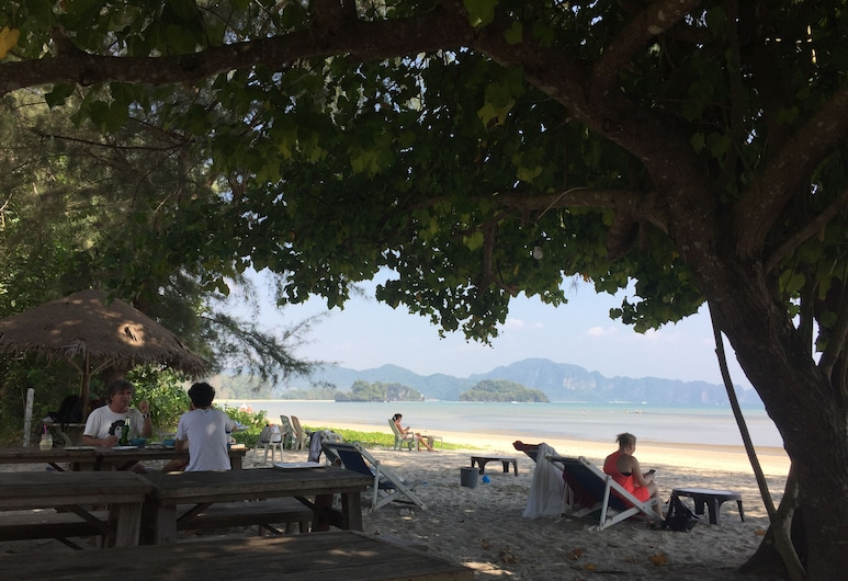 P.A.N. Beach Bungalow, Krabi, Strand