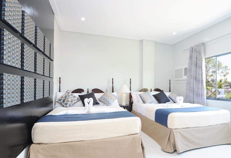 717 シーザー プレイス ホテル, タグビララン, ファミリー ルーム クイーンベッド 2 台, 部屋