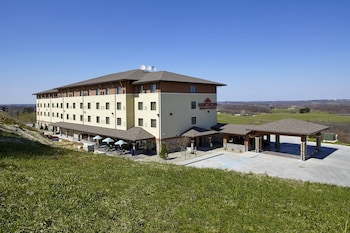 Picture of Hawthorn Suites by Wyndham St Clairsville in St. Clairsville