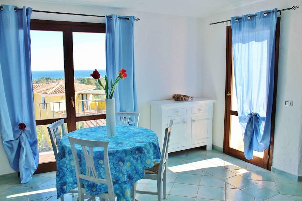 Standard-huoneisto, 2 makuuhuonetta - Ruokailu omassa huoneessa