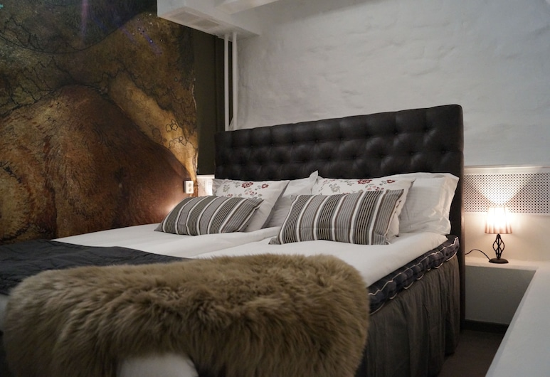 Hotell Skeppsbron, Stockholm, Standard Double Room (Private WC / Shared shower), Guest Room