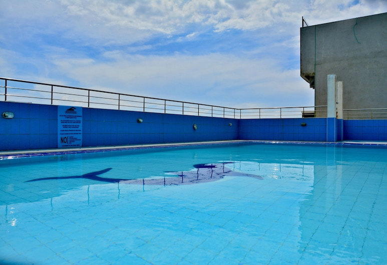 Panoramic Holiday Apartment / Seagull Complex   Colombo, Colombo, Rooftop Pool