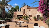 Choose this Country House in Campos - Online Room Reservations