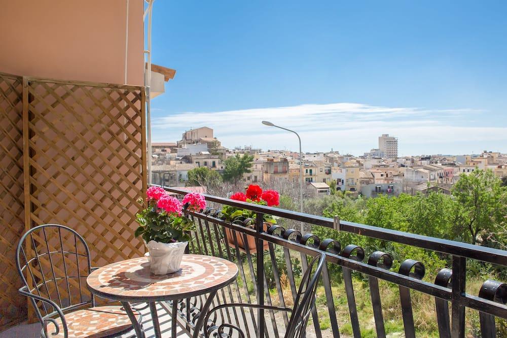 Романтичний номер, з видом на сад - Балкон