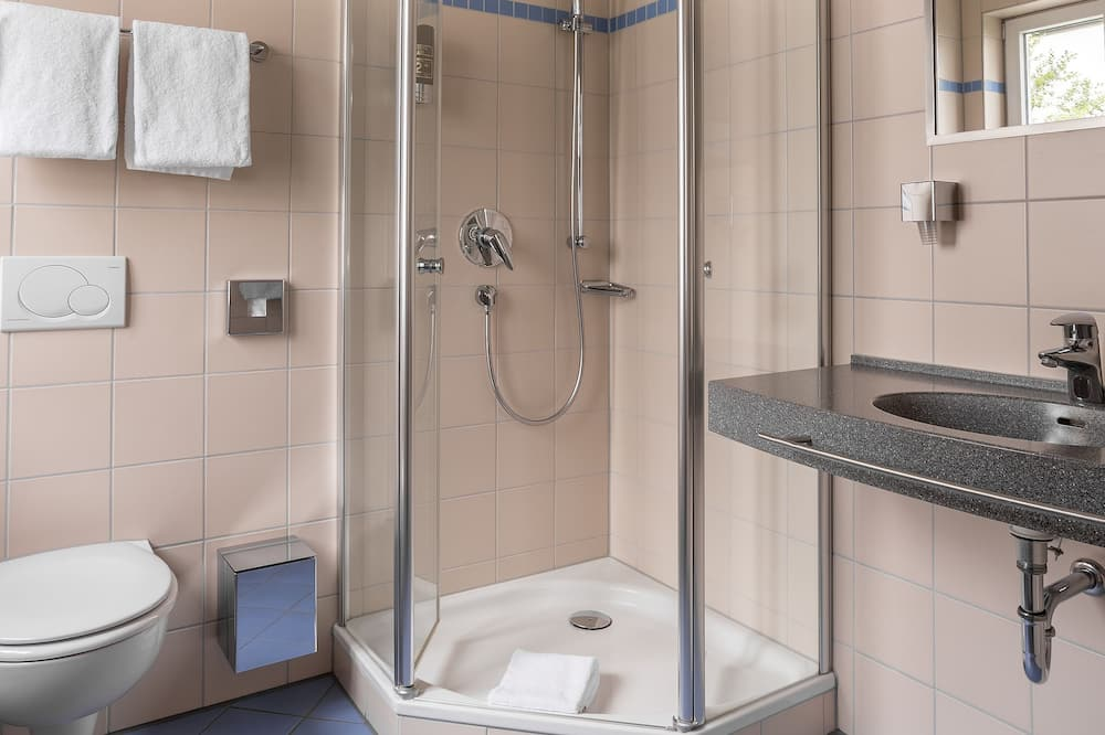 ห้องสแตนดาร์ดดับเบิล - ห้องอาบน้ำ