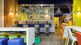 Choose This 3 Star Hotel In Courbevoie