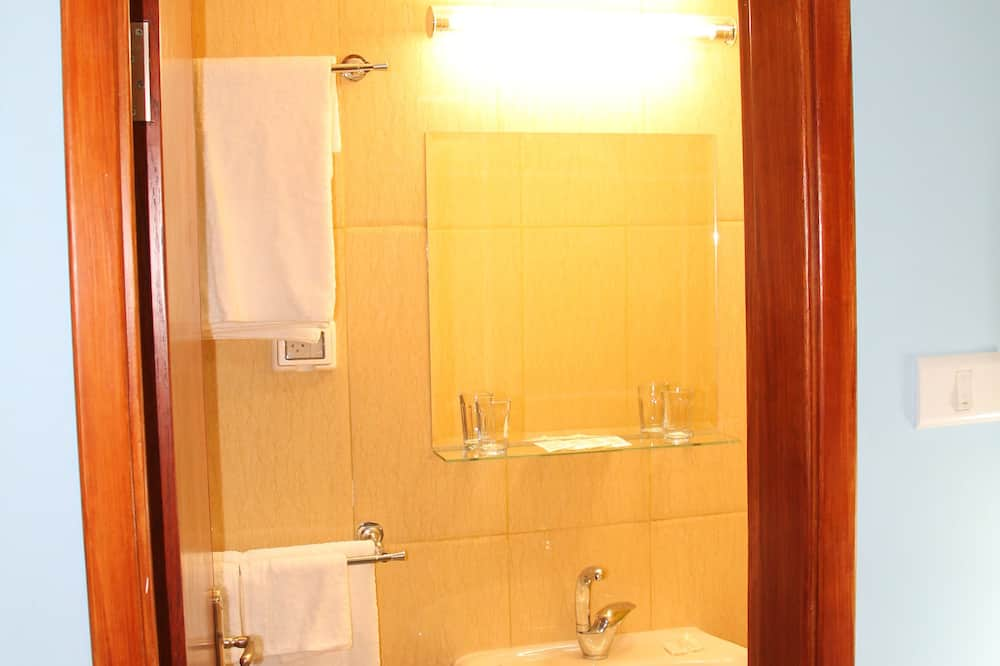 Pokój dwuosobowy, luksusowy (The Bazaar's Room / Ghorfet El-dukan) - Łazienka