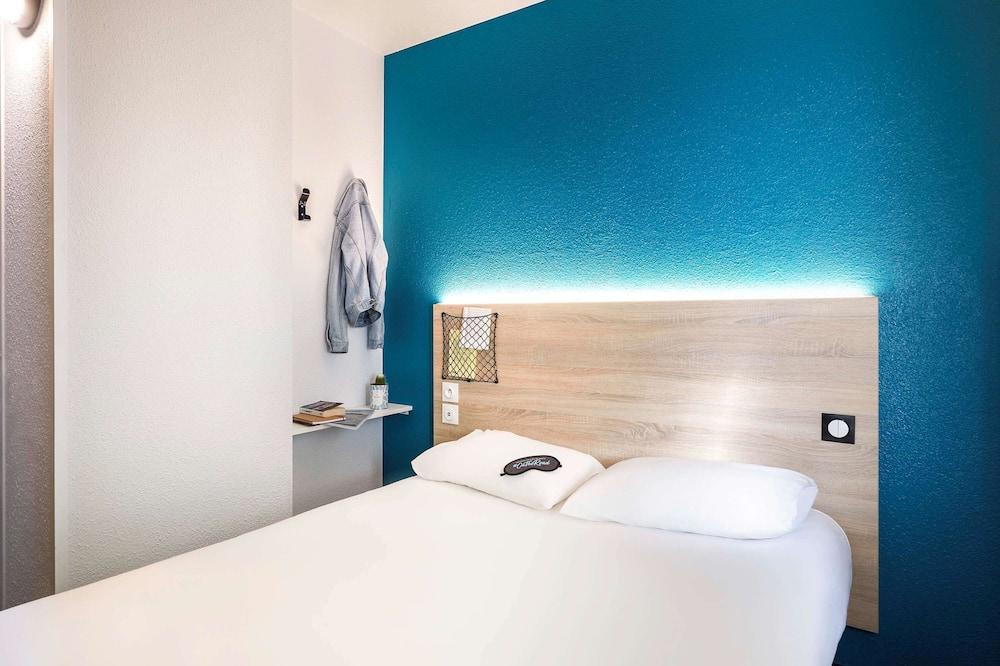 Zimmer, 1 Doppelbett, eigenes Bad - Zimmer