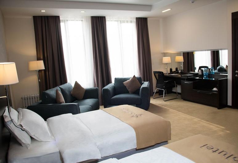 Solutel, Bishkek, Superior Double or Twin Room, Guest Room