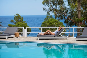 Picture of Akra Morea Hotel & Residences in Monemvasia