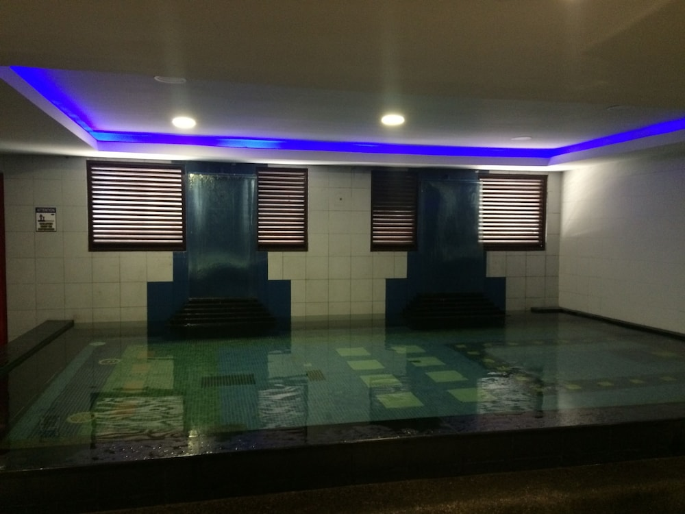 Icon Hotel Timog In Quezon City Hotels Com