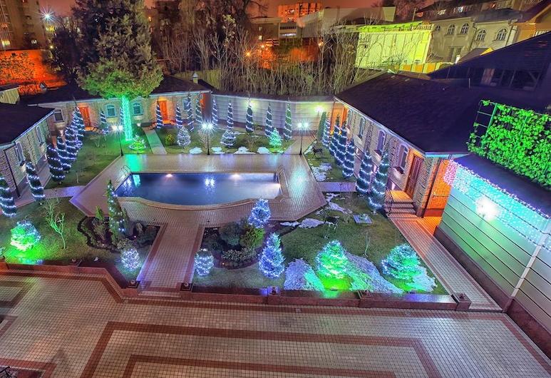 Sharq Hotel, Tashkent, Outdoor Pool