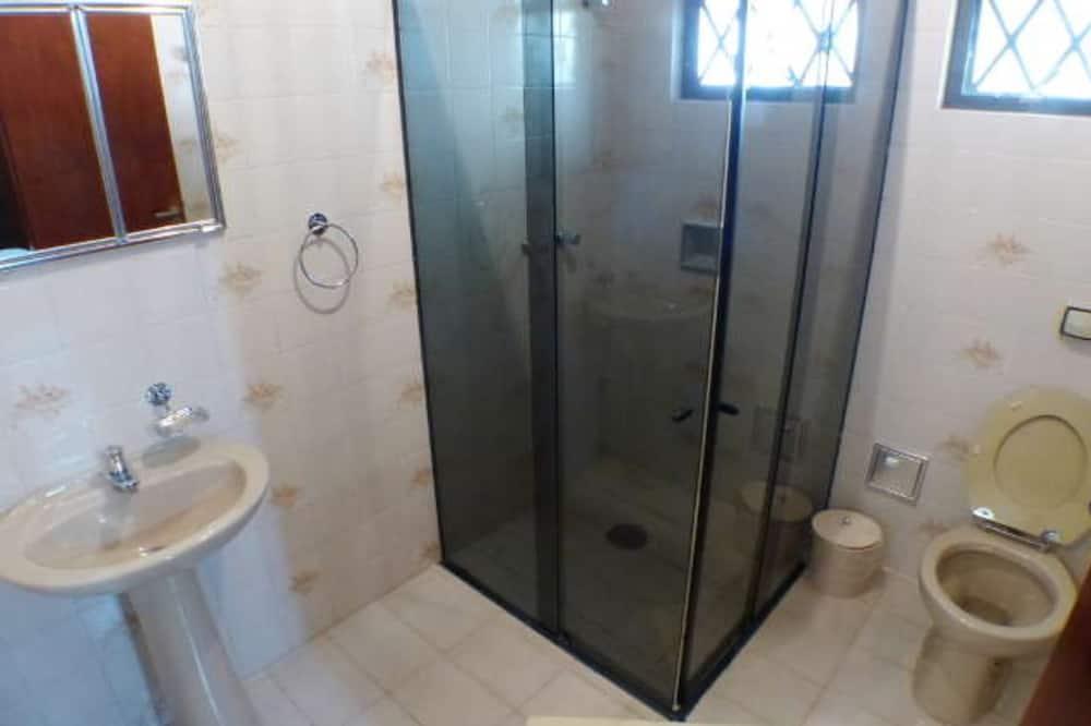 Apartamento Casal - Bathroom