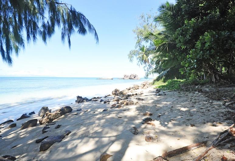 YASAD Luxury Beach Residence, האי פרסלין, חוף ים