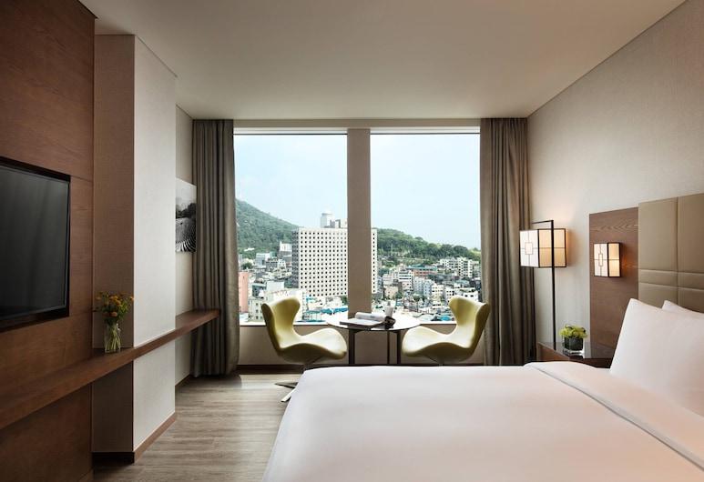 Courtyard by Marriott Seoul Namdaemun, Seoul, Guest Room