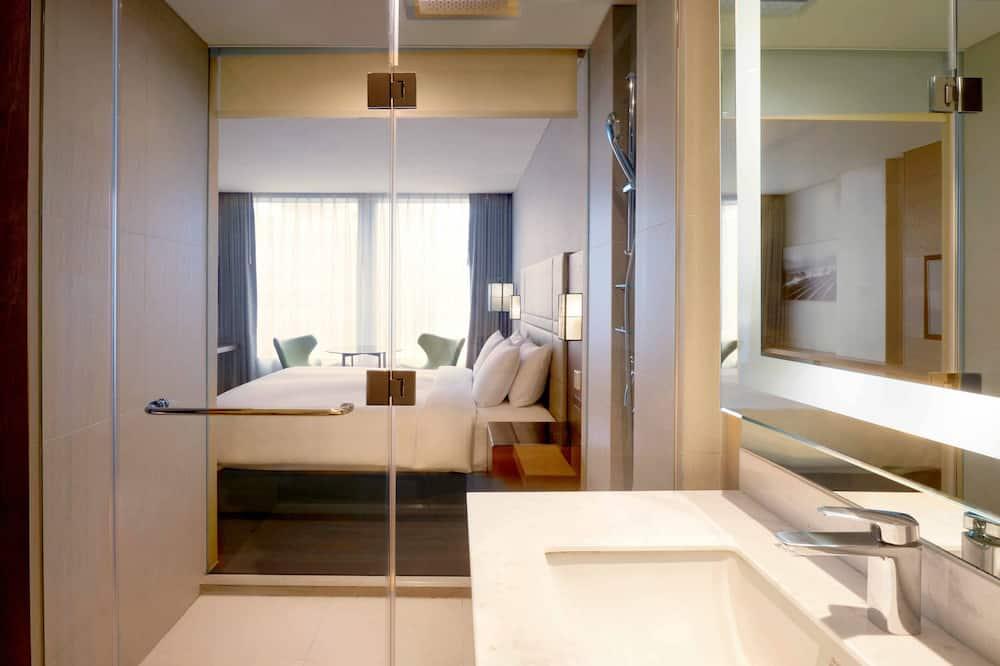 客房, 1 張特大雙人床, 景觀, 高層 - 浴室