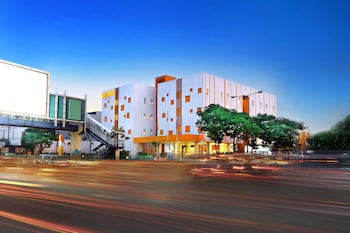 Picture of Starlet Hotel Serpong in Tangerang
